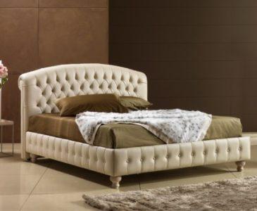 Látkové postele