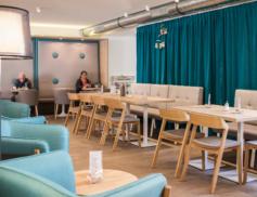 Reference TON – Herbert's Café
