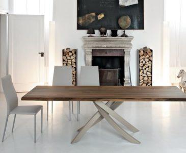 Luxusní jídelní stoly